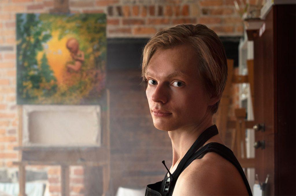 Anton Dymtchenko artist in studio